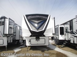 Used 2018  Grand Design Momentum 328M by Grand Design from Capital RV Center, Inc. in Bismarck, ND