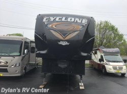 Used 2014  Heartland RV Cyclone CY 3110 by Heartland RV from Dylans RV Center in Sewell, NJ