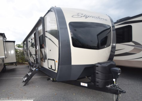 2019 Forest River Rockwood Signature Ultra Lite 8311WS