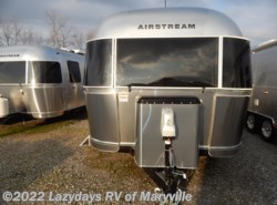 New 2017  Airstream International Signature 25RB Twin by Airstream from Chilhowee RV Center in Louisville, TN