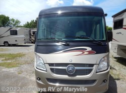 Used 2013  Winnebago Via 25T by Winnebago from Chilhowee RV Center in Louisville, TN