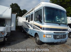 Used 2005  Fleetwood Bounder 35E by Fleetwood from Chilhowee RV Center in Louisville, TN