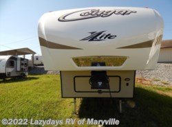 Used 2017  Keystone Cougar XLite 27RKS by Keystone from Chilhowee RV Center in Louisville, TN