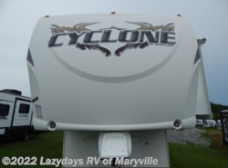 Used 2009  Heartland RV Cyclone 3950 by Heartland RV from Chilhowee RV Center in Louisville, TN