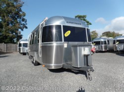 Used 2016  Airstream Flying Cloud 23FB Queen by Airstream from Colonial Airstream & RV in Lakewood, NJ