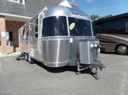 Used 2015  Airstream Flying Cloud 23FBQ Queen by Airstream from Colonial Airstream & RV in Lakewood, NJ