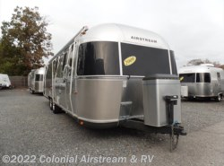 Used 2009  Airstream Classic Limited 30W Queen by Airstream from Colonial Airstream & RV in Lakewood, NJ