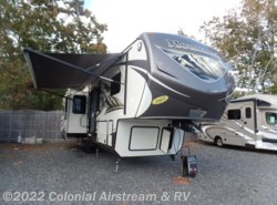 Used 2015  Keystone Montana Mountaineer 310RET by Keystone from Colonial Airstream & RV in Lakewood, NJ
