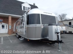 New 2018  Airstream Classic 30RBQ Queen by Airstream from Colonial Airstream & RV in Lakewood, NJ