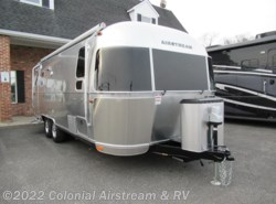 New 2018  Airstream Flying Cloud 25FBQ Queen by Airstream from Colonial Airstream & RV in Lakewood, NJ