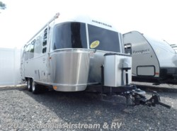 Used 2017 Airstream International Signature 23FB Queen available in Lakewood, New Jersey
