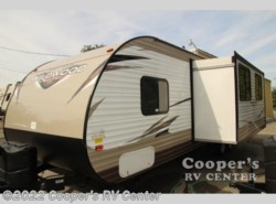New 2018  Forest River Wildwood X-Lite 263BHXL by Forest River from Cooper's RV Center in Murrysville, PA
