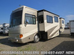 Used 2006  Fleetwood Excursion 39L by Fleetwood from Crossroads Trailer Sales, Inc. in Newfield, NJ