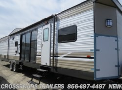 New 2019  Forest River Salem Villa 4002Q by Forest River from Crossroads Trailer Sales, Inc. in Newfield, NJ